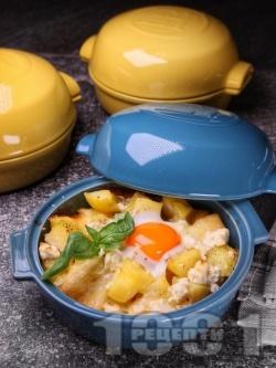 Запечени картофи на фурна с прясно сирене, яйца и сирене пармезан - снимка на рецептата